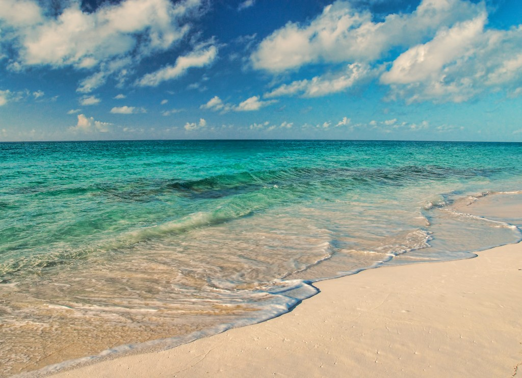 Фото моря на Багамах