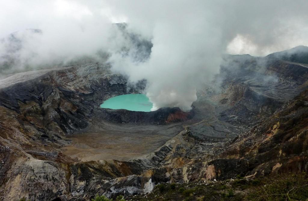 Фото вулкана на Коста-Рике