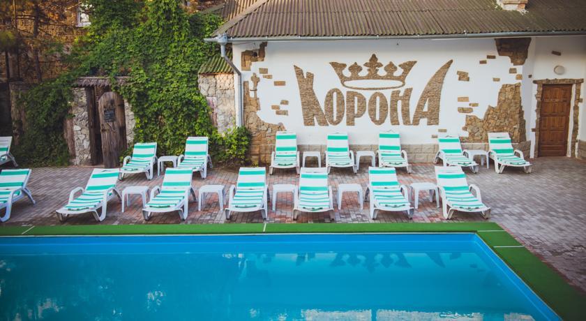 """Фото отеля """"Корона"""" в Евпатории"""