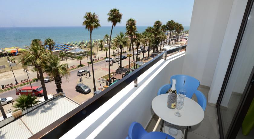 Фото отеля Les Palmiers Beach Hotel