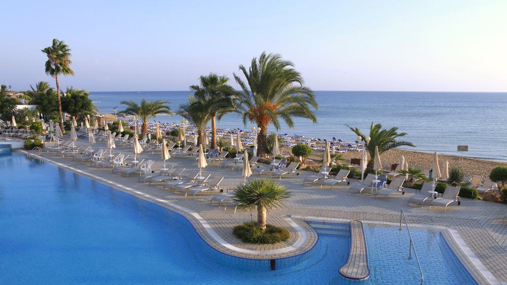 Фото отеля Sunrise Beach Hotel