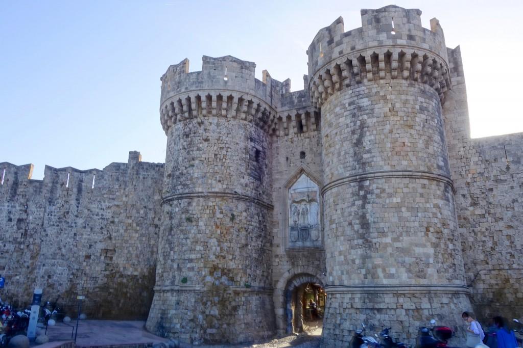 Фото Дворца Великих Магистров на Родосе