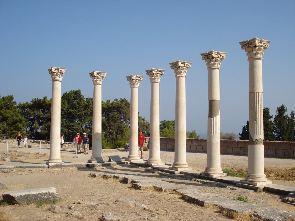 Фото руин храма Асклепион на острове Кос