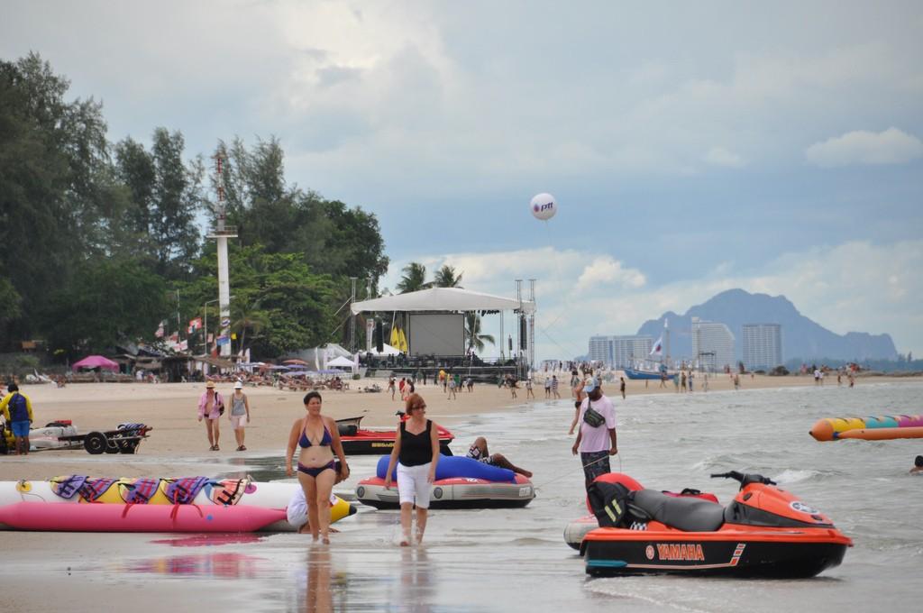 Фото городского пляжа в Хуа Хине