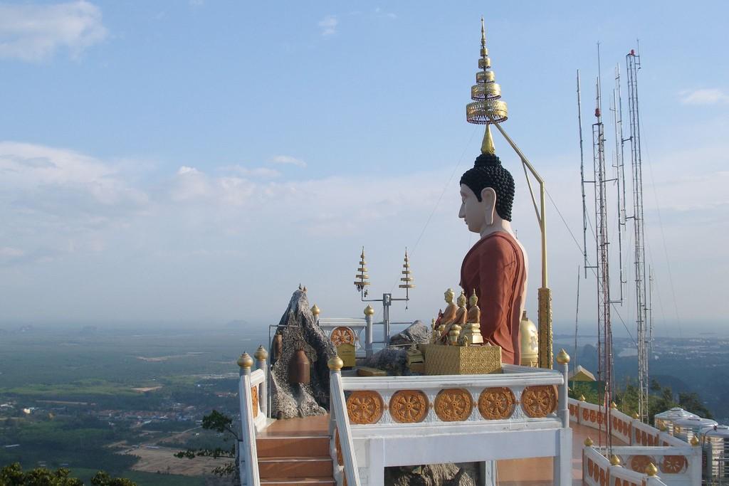 Фото храма Tham Seua в Ао Нанге