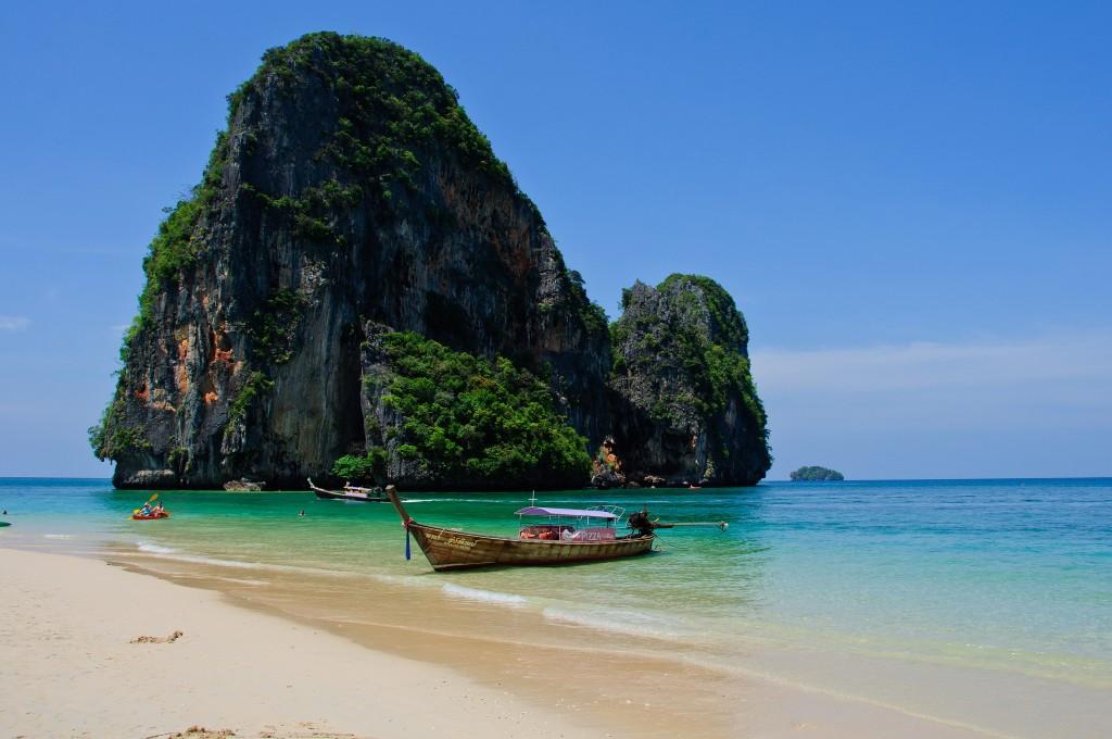 Фото пляжа Прананг на полуострове Рейли