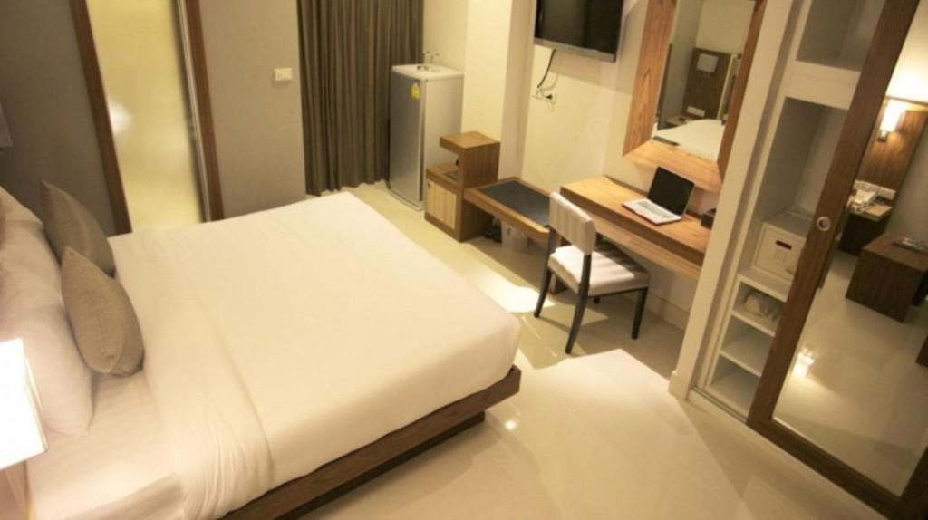 Фото отеля April Suites Pattaya
