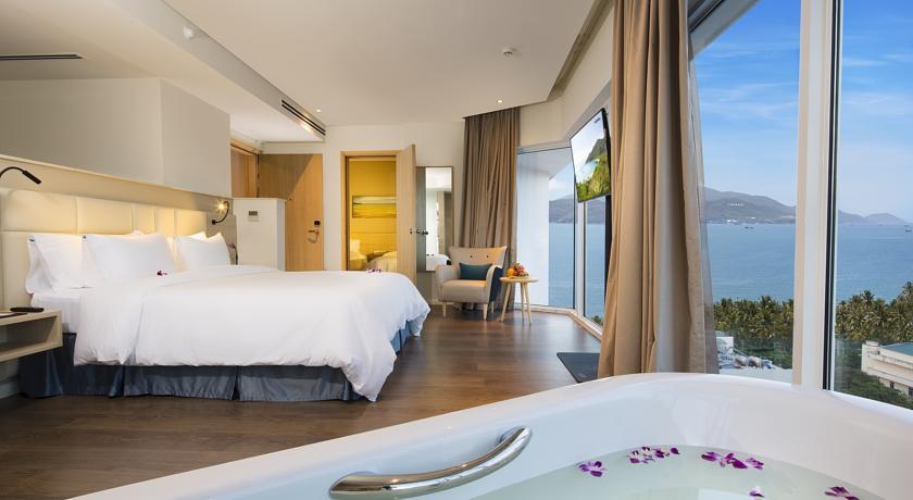 Фото отеля Liberty Central Nha Trang Hotel