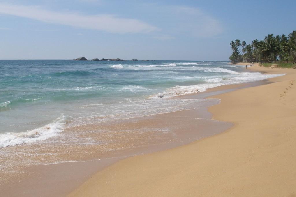 Фото пляжа в Хиккадуве