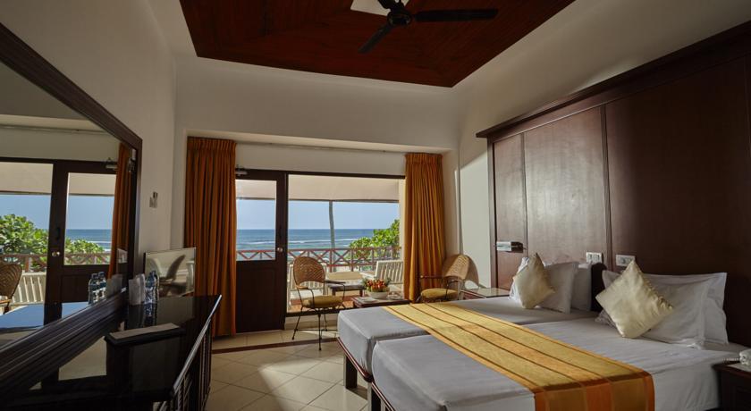 Фото отеля Coral Sands Hotel