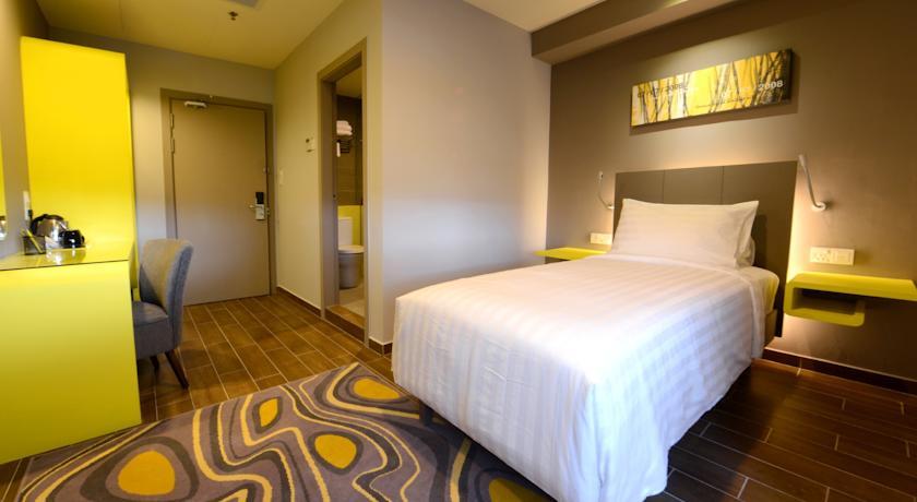 Фото отеля GLOW Penang